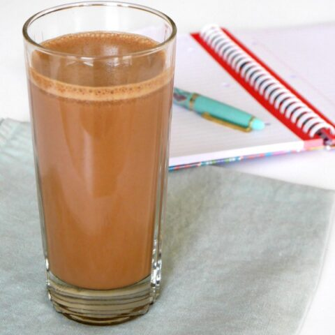 Low Carb Chocolate Breakfast Shake