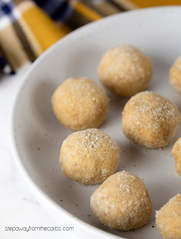 Keto Almond Cheesecake Bites - low carb treats that only need four ingredients!