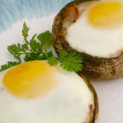Egg and Bacon Stuffed Mushrooms