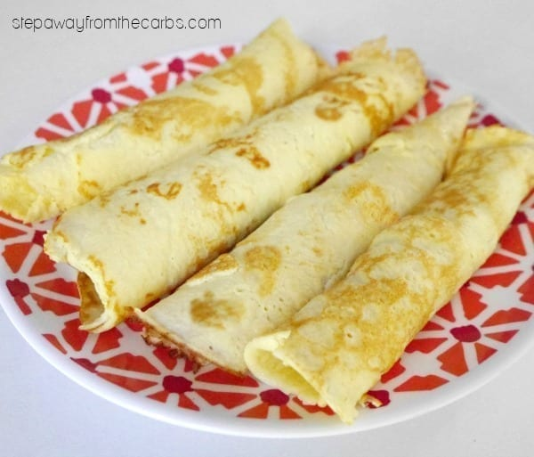 Low Carb Crepes with Chocolate Hazelnut Unfold - snack, dessert or breakfast recipe!