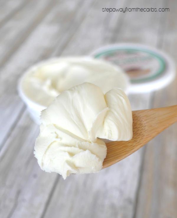 Low Carb Raspberry and Mascarpone Ice Cream - sugar free / LCHF / keto recipe