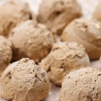Low Carb Frozen Chocolate Chip Balls