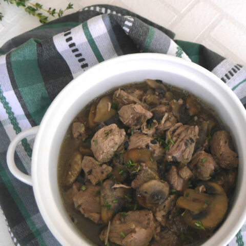 Slow Cooker Lamb with Thyme