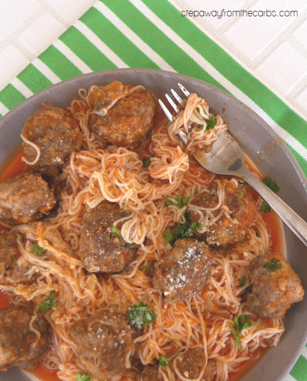 Low Carb Spaghetti Meatballs - gluten free and keto recipe that is great for families! With shirataki noodles.