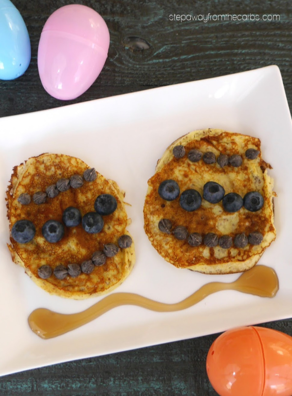 Low Carb Easter Egg Pancakes - a fun idea of breakfast or brunch! Gluten free and sugar free recipe.