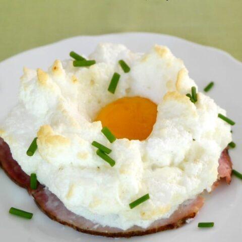 Egg Cloud Breakfast with Ham