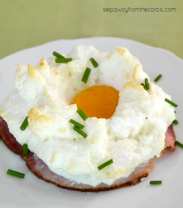 Egg Cloud Breakfast with Ham - a low carb recipe to start the day!
