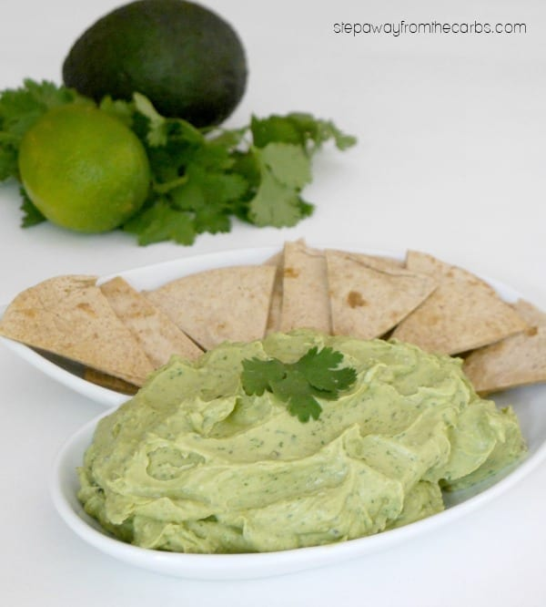 Easy Creamy Guacamole - a low carb, LCHF and keto recipe