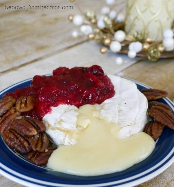 Baked Camembert with Cranberry Sauce and Caramelized Pecans - perfect appetizer for the holidays!