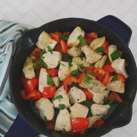 Low Carb Chicken Skillet with Red Pepper and Artichoke