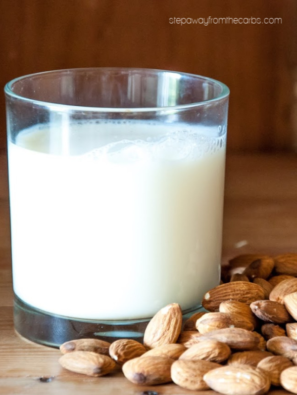 Low Carb Milk Alternatives - a guide to all the milk substitutes that are low in carbohydrates!