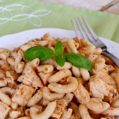 Low Carb Pasta with Vodka Sauce and Chicken