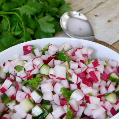 Low Carb Radish and Cucumber Salad
