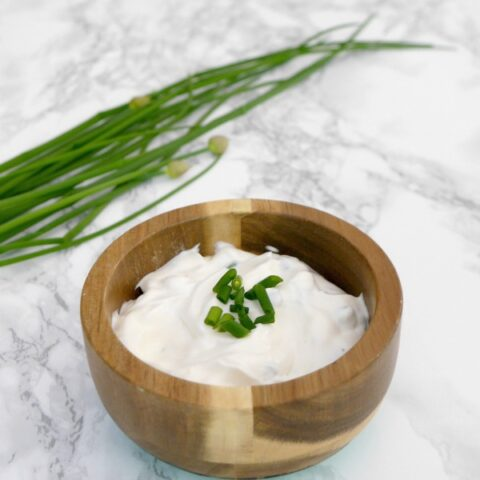 Low Carb Sour Cream and Chives Dip