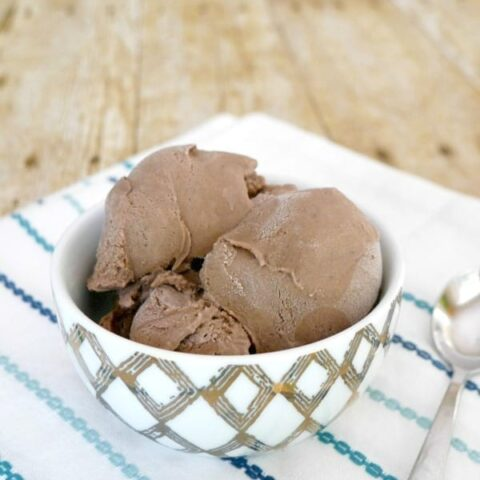 Low Carb Chocolate Ice Cream with Collagen