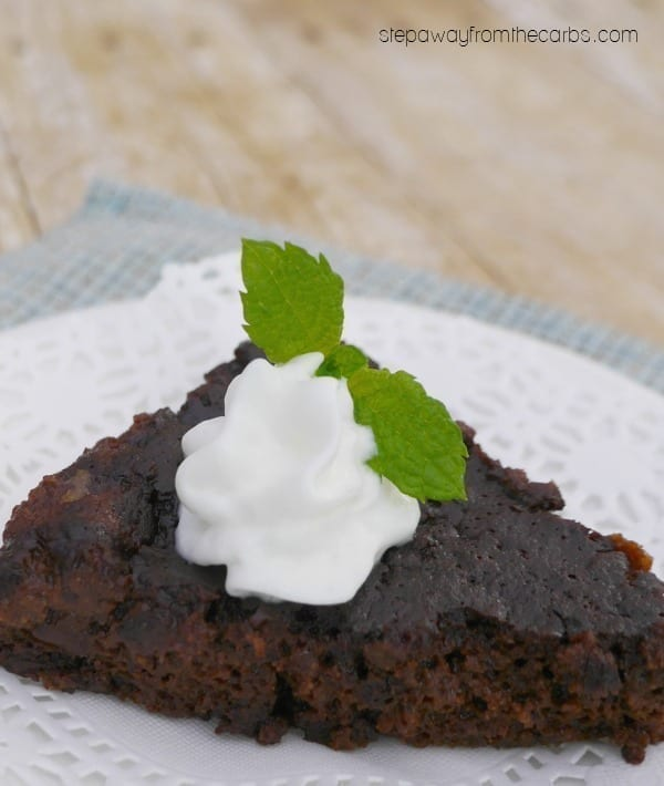 Slow Cooker Low Carb Mint Chocolate Cake - a keto, sugar free and gluten free recipe