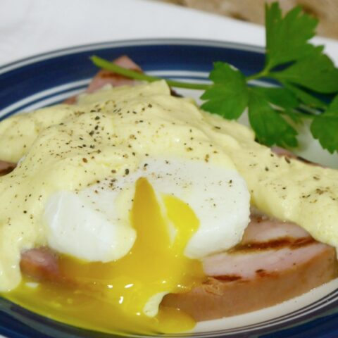 Low Carb Cheat's Eggs Benedict