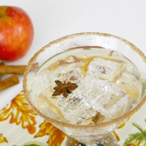Low Carb Caramel Apple Cocktail