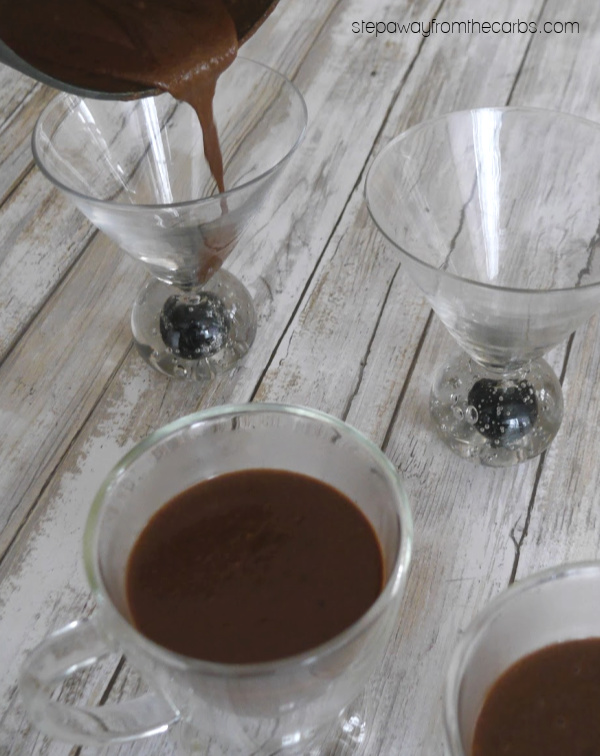 Low Carb Chocolate Pots de Crème - a sugar-free rich and indulgent dessert!