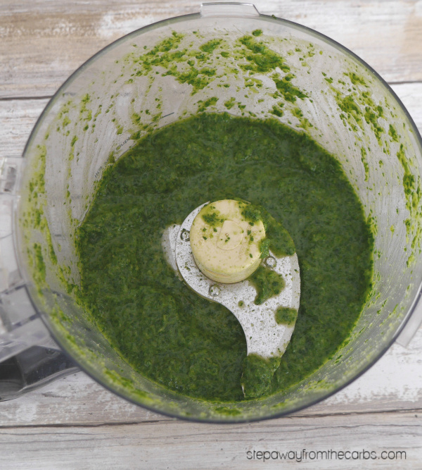 Low Carb Cilantro Chutney - a fantastic condiment that goes with any Indian meal!