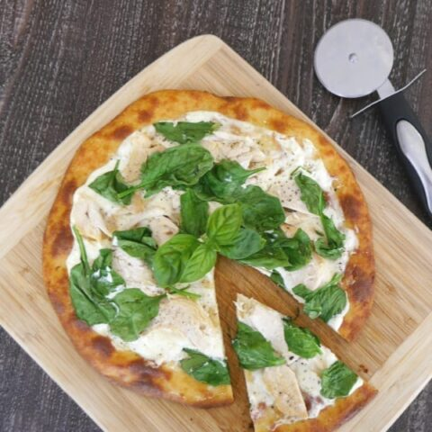 Low Carb White Pizza with Chicken and Spinach