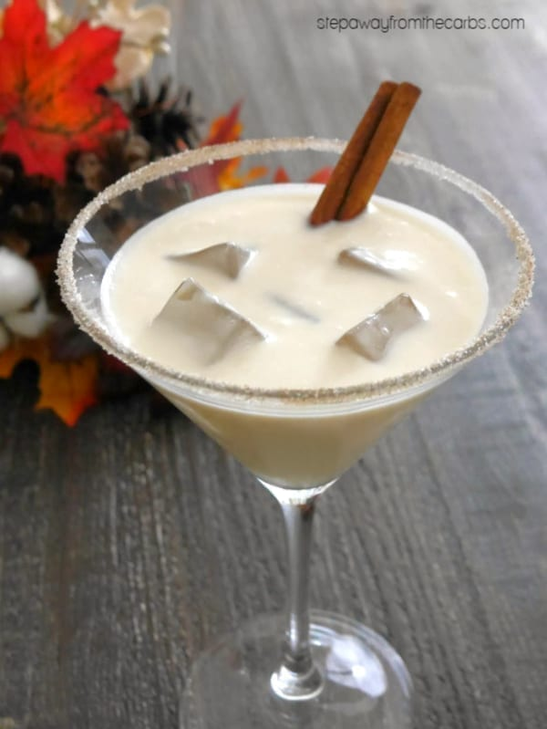Low Carb Mapletini - a creamy vodka cocktail that is perfect for the fall! Sugar free recipe.
