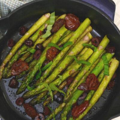 10-Minute Sautéed Asparagus