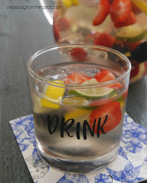 Low Carb White Wine Sangria - a fruity refreshing drink for the summer that is sugar free and keto friendly!