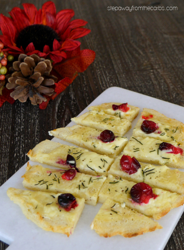 Low Carb Flatbread with Brie and Cranberries - a tasty cheesy appetizer for the holidays!
