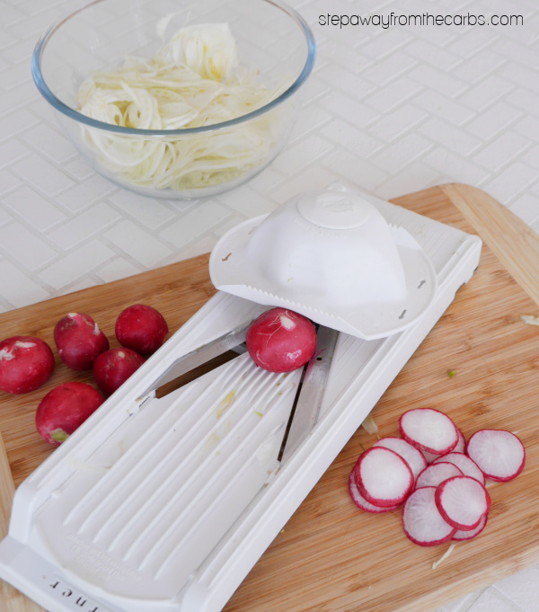 Low Carb Fennel Salad - a fantastic raw salad with radishes, basil, and a light dressing!