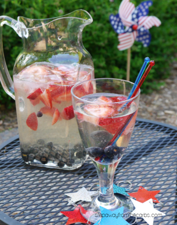 Low Carb Patriotic Sangria - the perfect red, white and blue sugar-free drink for the summer!
